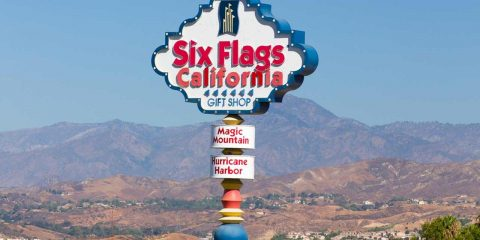 six-flags-entrance